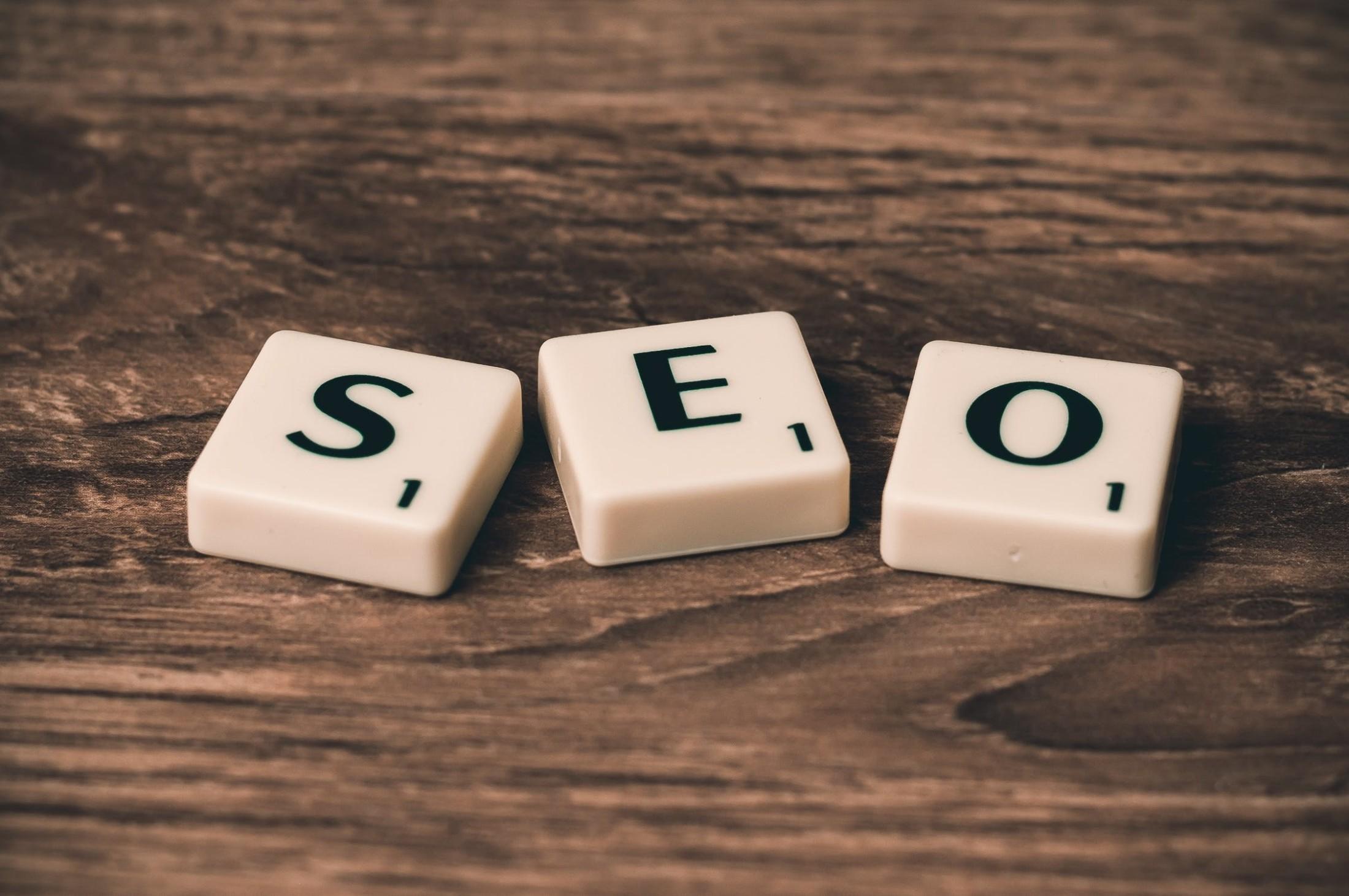 Waarom je voor een effectieve online marketingstrategie een SEO bureau in moet schakelen