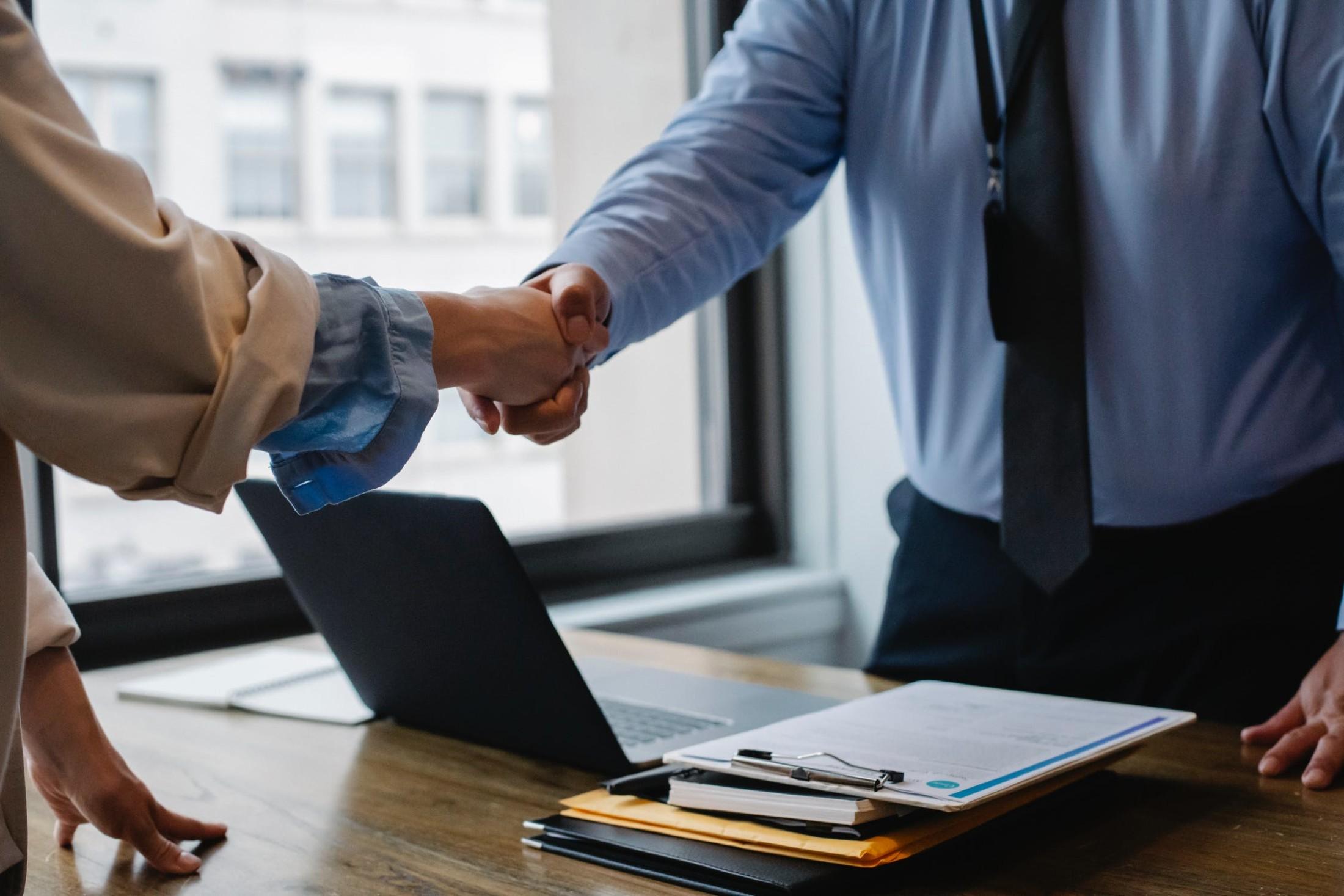 Een bedrijfsovername: waarom en wat zijn de voordelen?