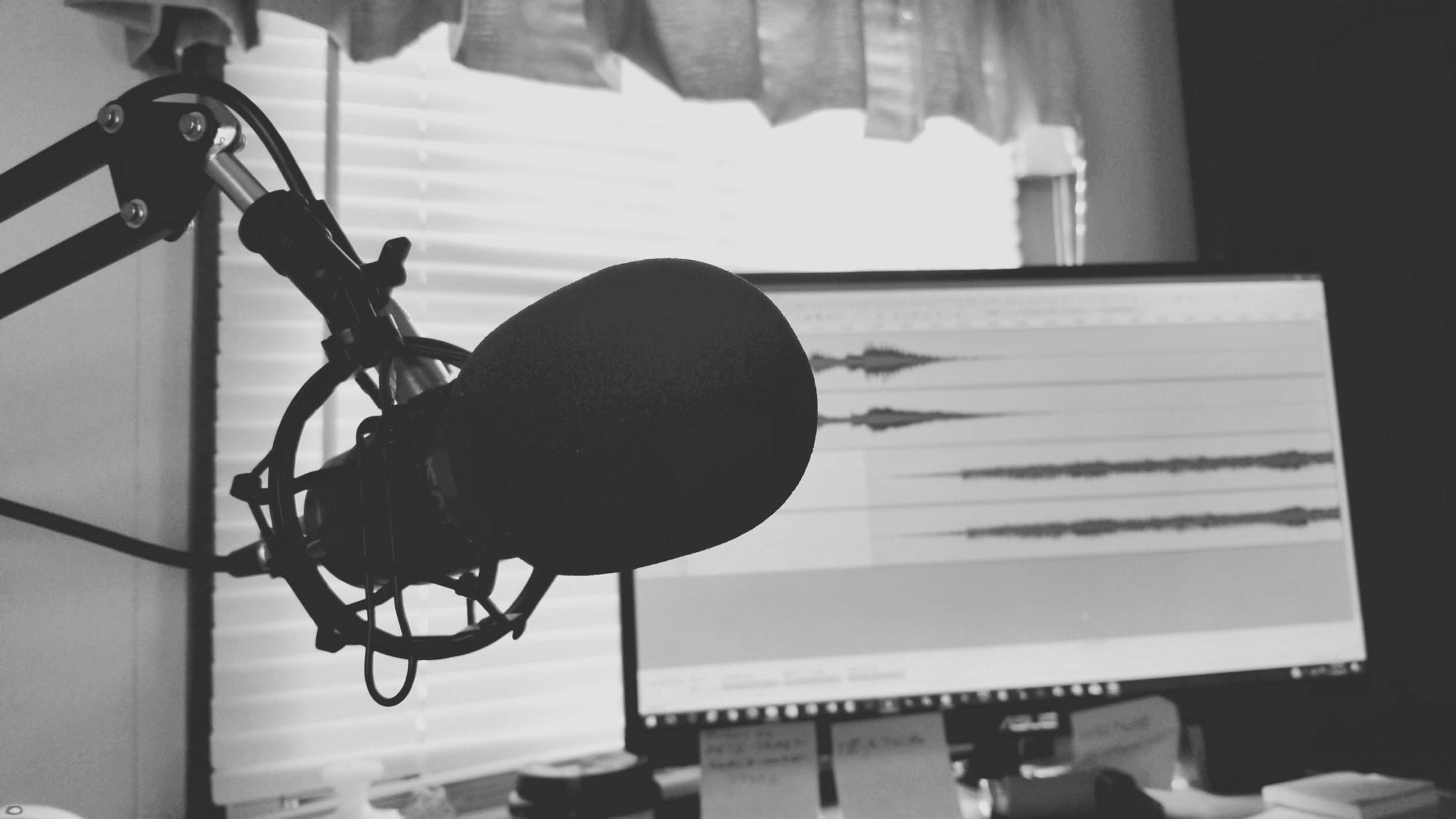 Waarom zijn podcasts populairder dan ooit?